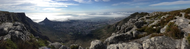 table-mountain-cape-town-pano